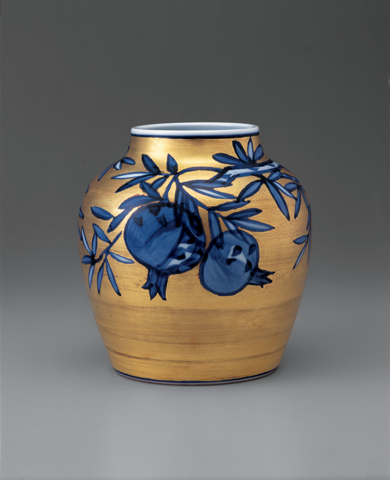 Pomegranate, sometsuke vase with gold overglaze